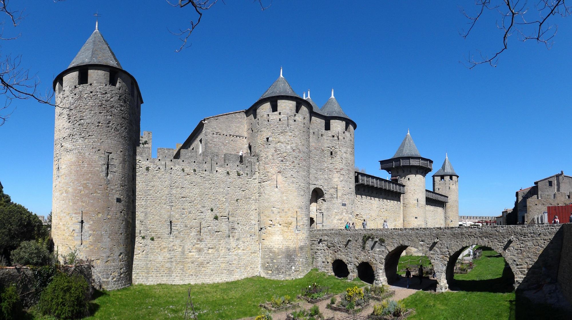 Kết quả hình ảnh cho Lâu đài Comtal